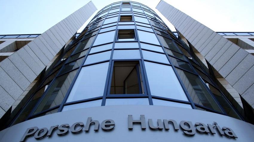 Porsche Hungaria: januárban kezdődnek a visszahívások Magyarországon is