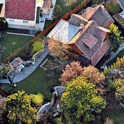 Lezárták Orbán Viktor házának a környékét