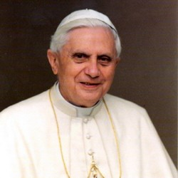 Lemond XVI. Benedek pápa