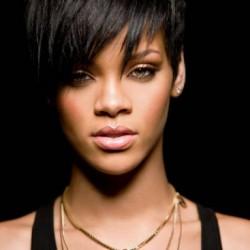 Rihanna egy lánnyal randizott