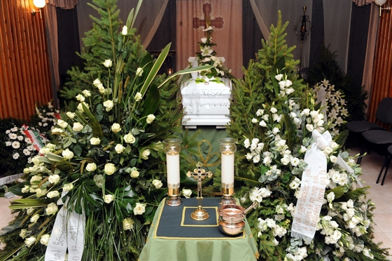 Bándy Katát július 23-án hétfőn temették el