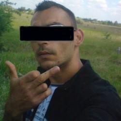 P. László