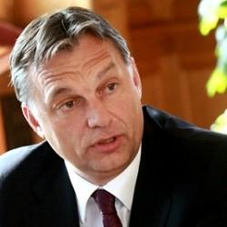 Ennyit kerestek a magyar politikusok 2012-ben