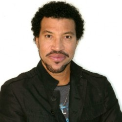 Elmarad Lionel Richie budapesti koncertje