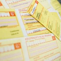 Új, olcsó, fehér csekket vezet be a Magyar Posta