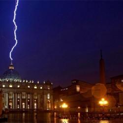 Villám csapott a bazilikába