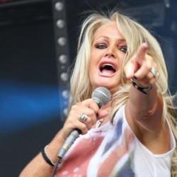 Bonnie Tyler is indul az Eurovíziós Dalfesztiválon