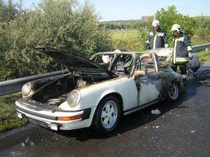 Porsche 911-es borult lángba az M7-esen